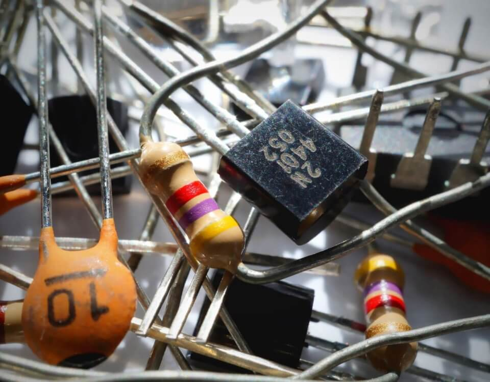 capacitor-1835729_1920
