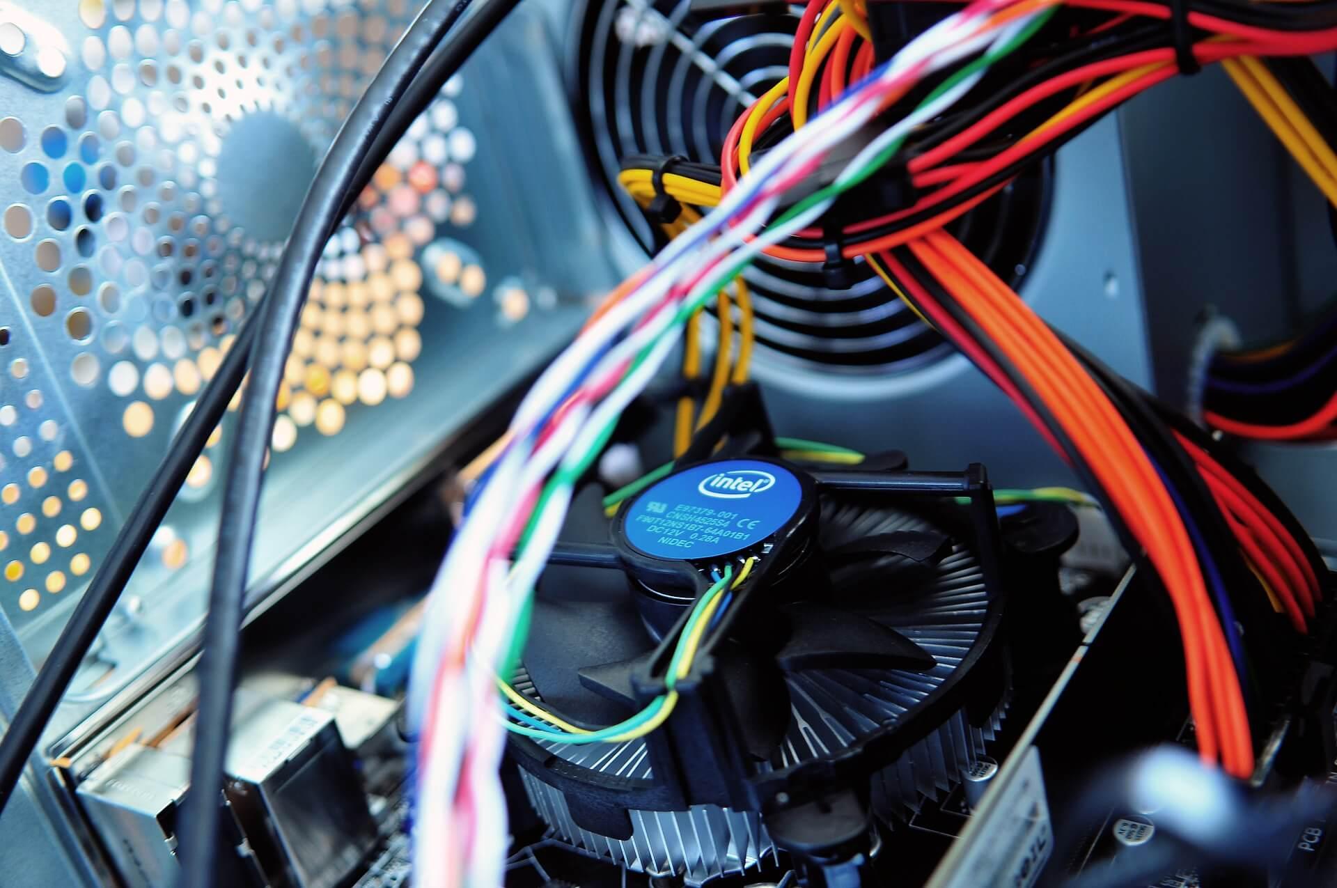 computer-893226_1920