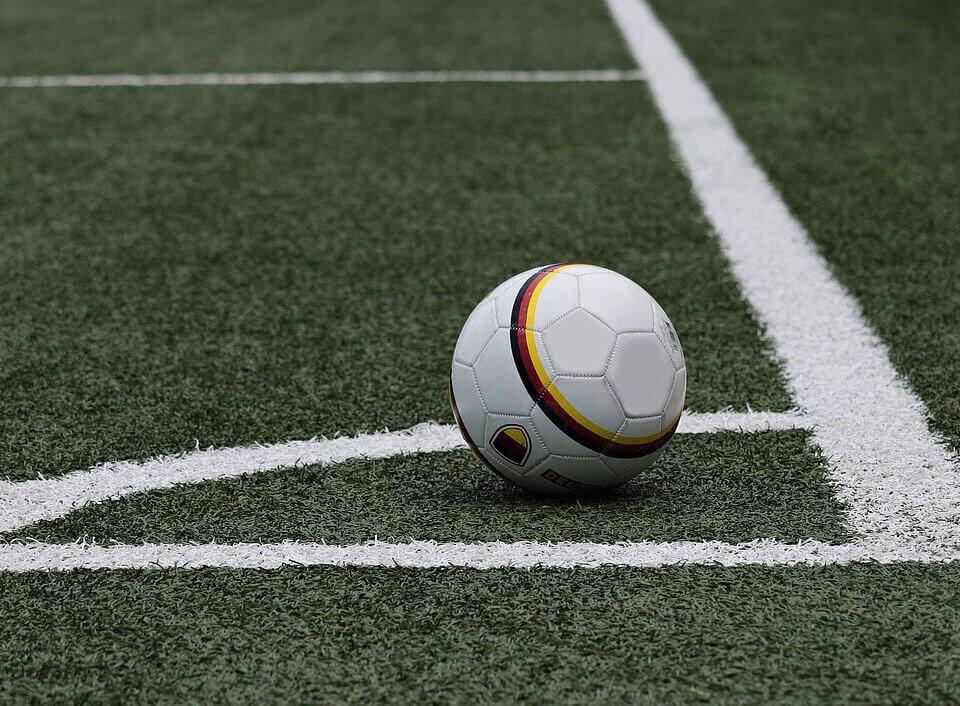 football-3471402_1280